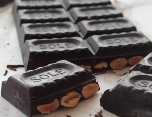 オーガニックアーモンドがゴロゴロ!「Chocolate Sole ダークチョコレート73% アーモンド」